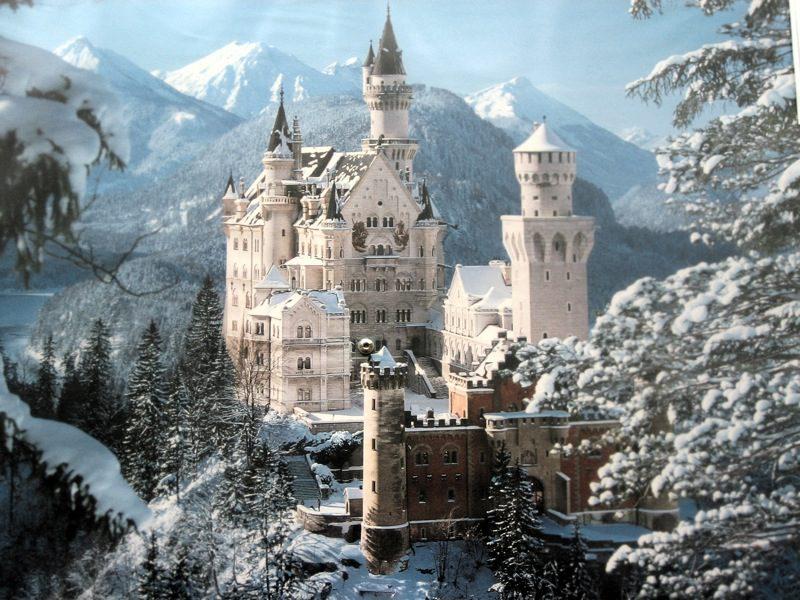 Замок Нойшванштайн на фото
