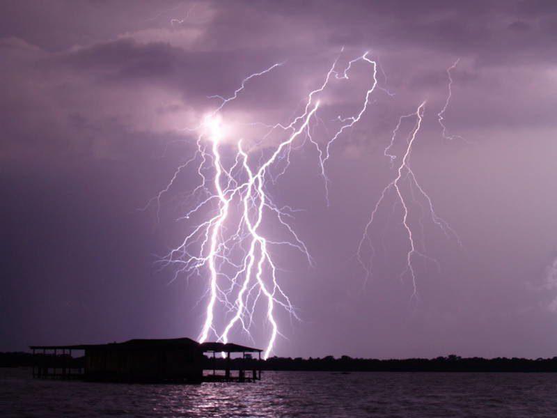 молнии кататумбо фото