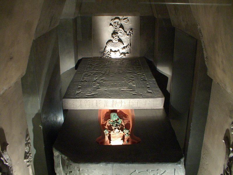 паленке храм надписей