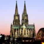 Кельнский собор — символ вечного строительства