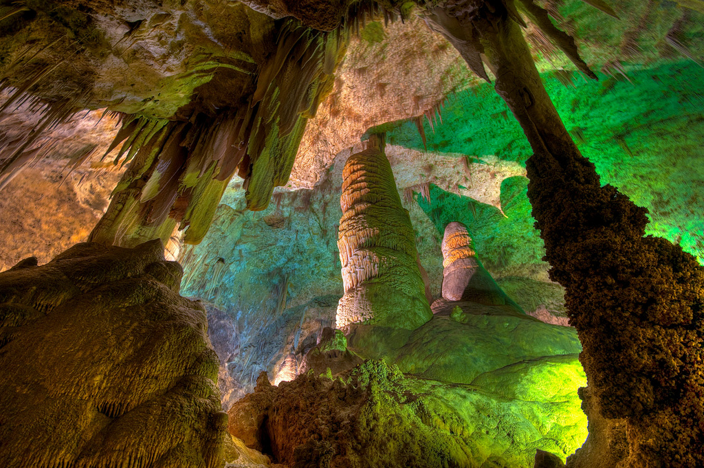 carlsbad caverns The carlsbad caverns are one of the deepest, largest, and most ornate caverns ever found.
