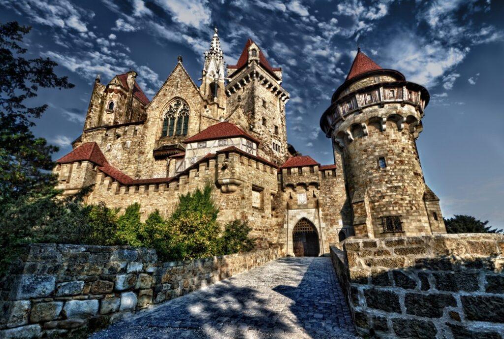 Замок Кройценштайн Австрия