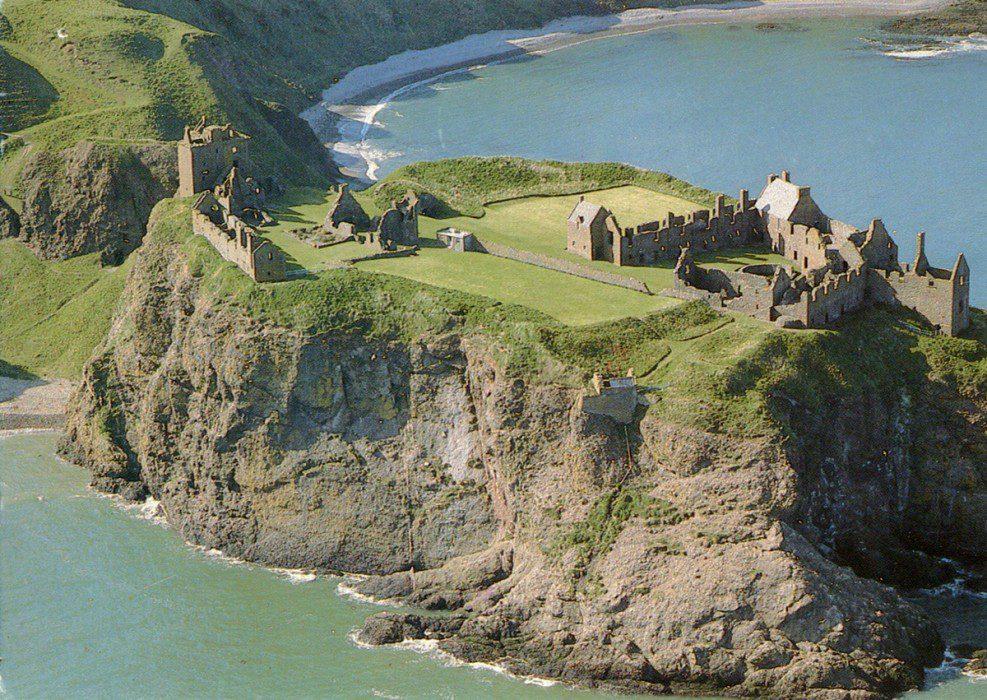 замок Данноттар Шотландия