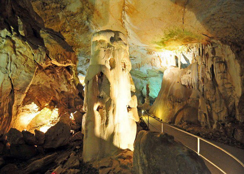 Мраморная пещера Чатырдаг