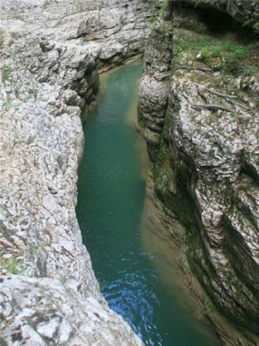 Гуамское ущелье в Адыгее