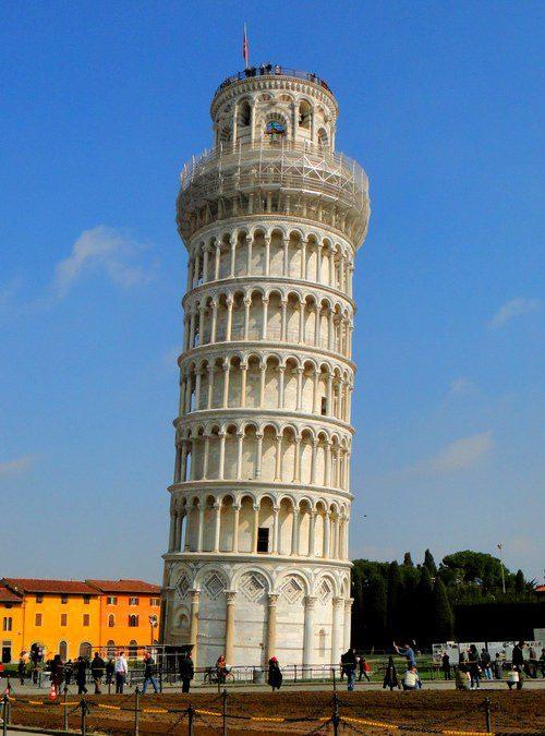 Пизанская башня Италия