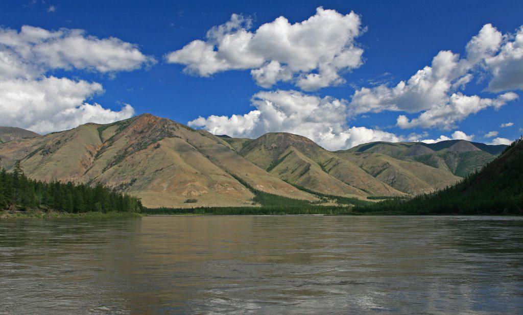 река Индигирка Россия