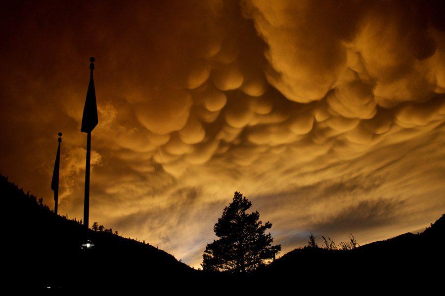 сосцевидные облака фото