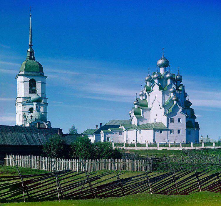 двадцатиглавое храмовое строение Вытегорского посада
