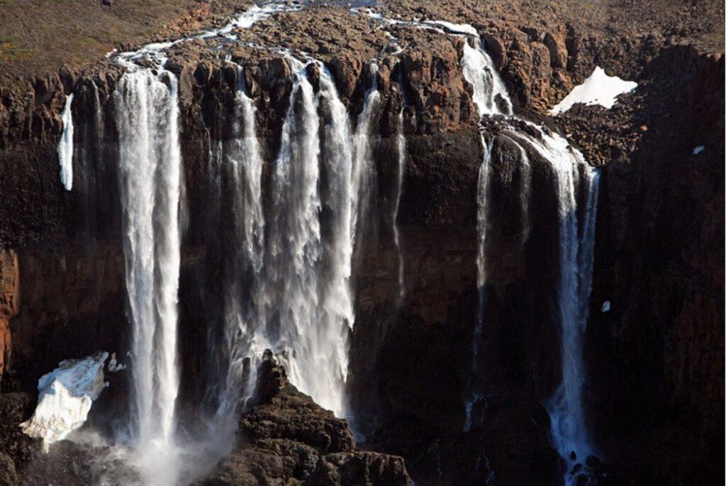 где находится плато Путорана