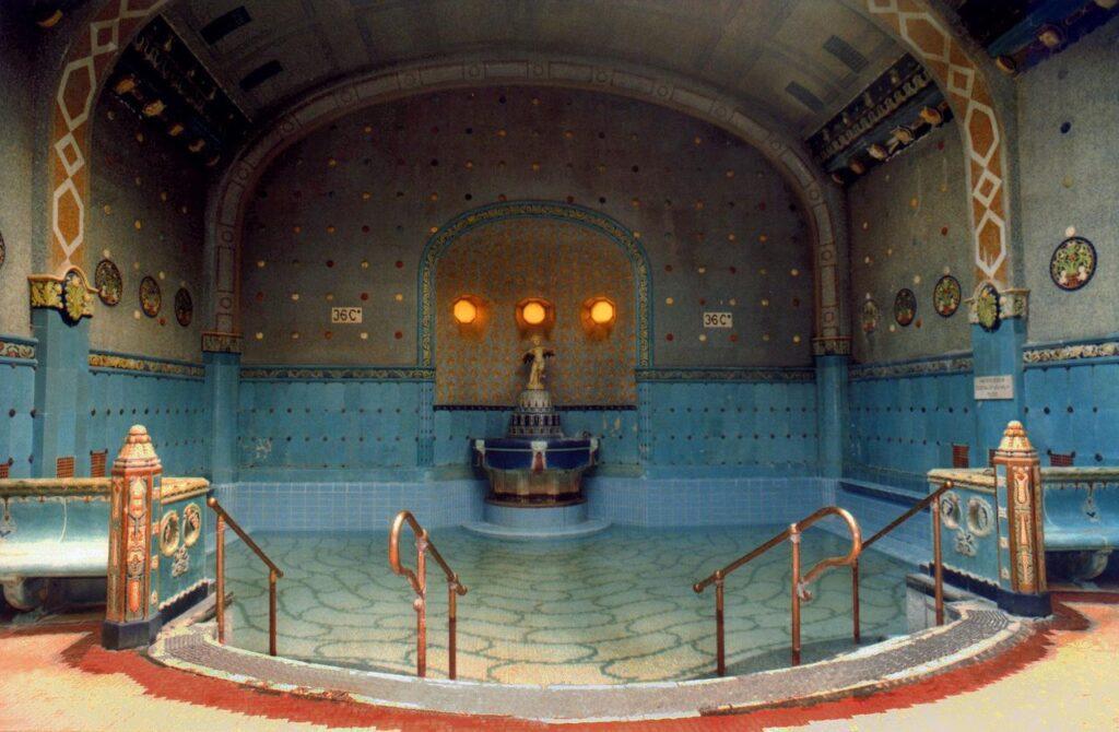 купальни Геллерт фото