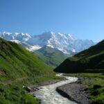 Гора Шхара — высочайшая вершина Грузии