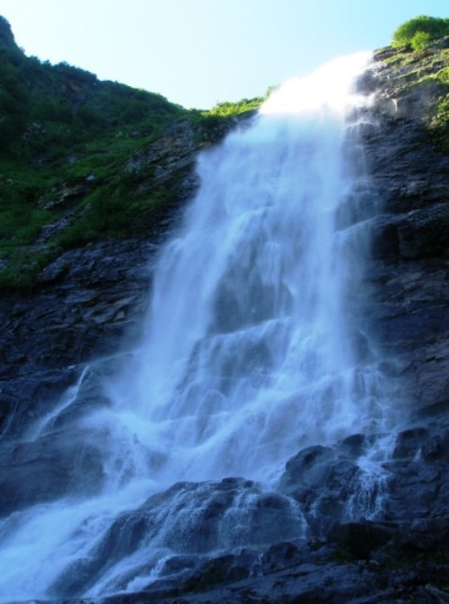 Кинзелюкский водопад Красноярский край