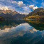 Озеро Рица (Абхазия) — описание, фото, легенды