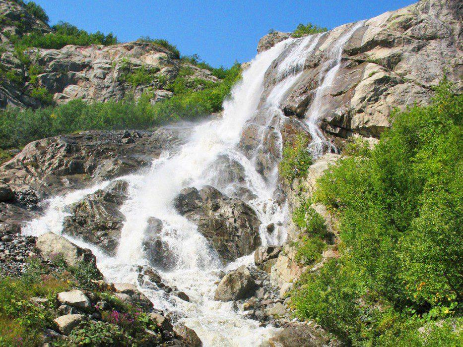 алибекский водопад фото