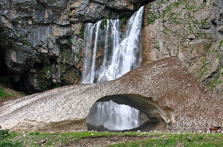 гегский водопад на фото