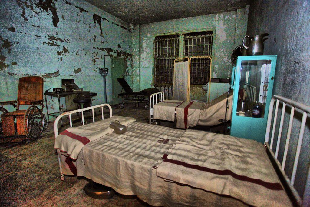 тюрьма алькатрас камера
