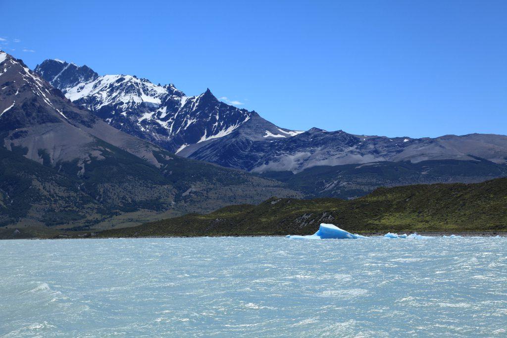 Озеро Вьедма Аргентина