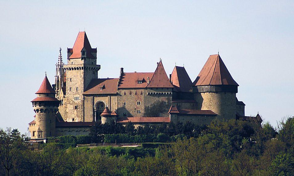 Замок Кройценштайн Вена