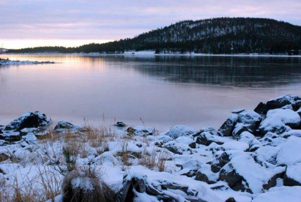 озеро Инари Финляндия