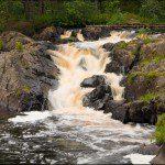 Водопад Ахвенкоски в Карелии