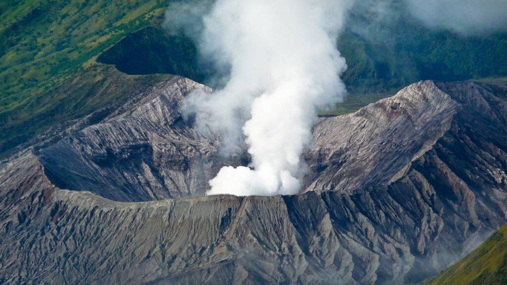 вулкан Бромо в Индонезии
