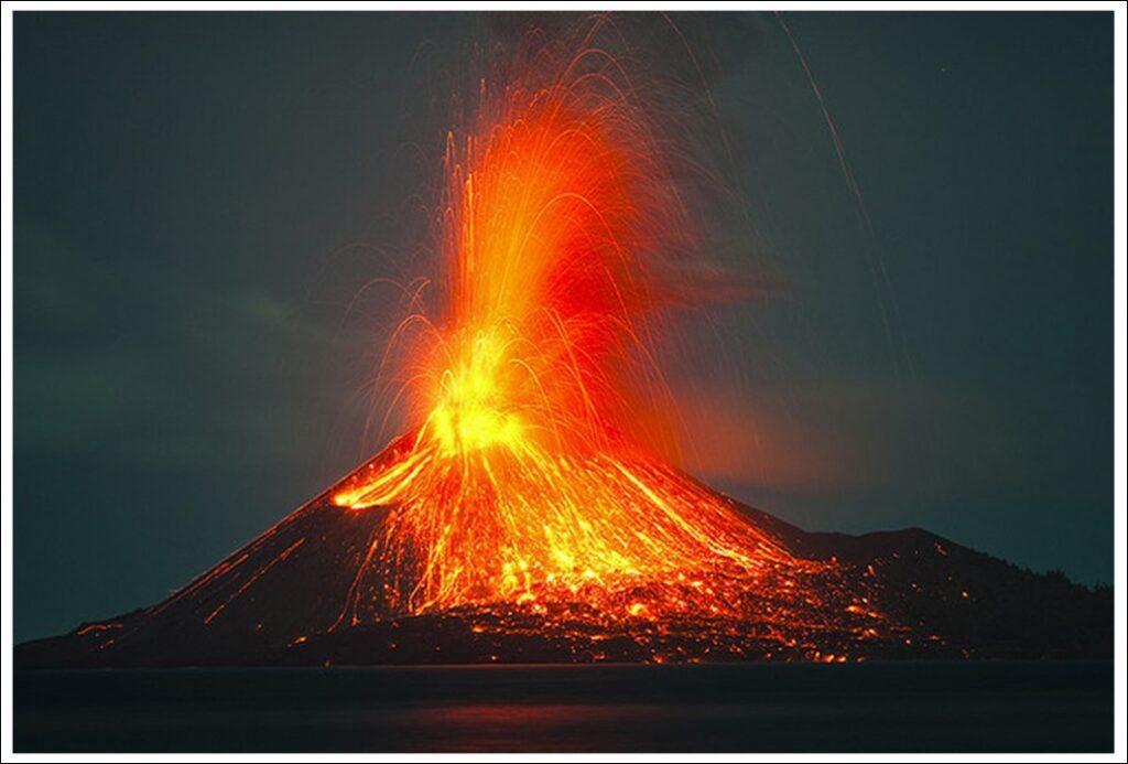 вулкан кракатау извержение 1883 фото