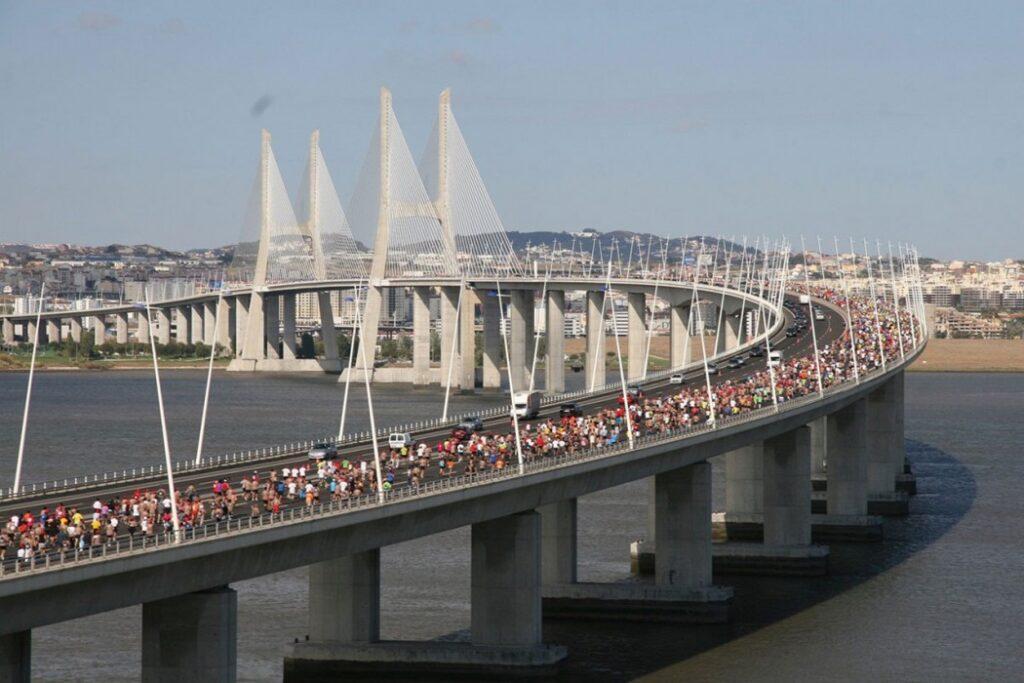 мост Васко да Гама Лиссабон Португалия