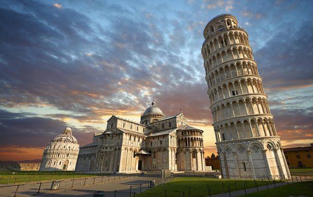 Пизанская башня в Пизе Италия фото