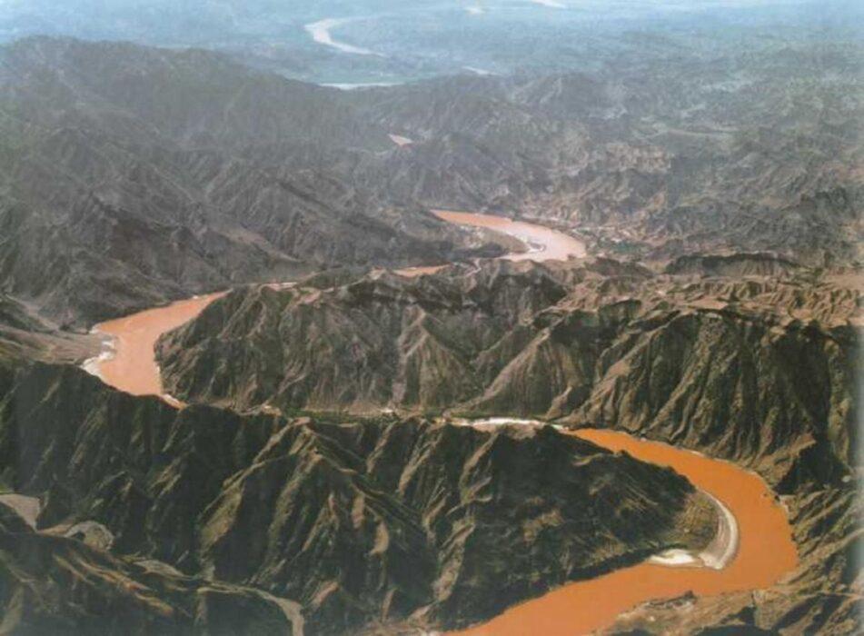 как переводится название реки Хуанхэ