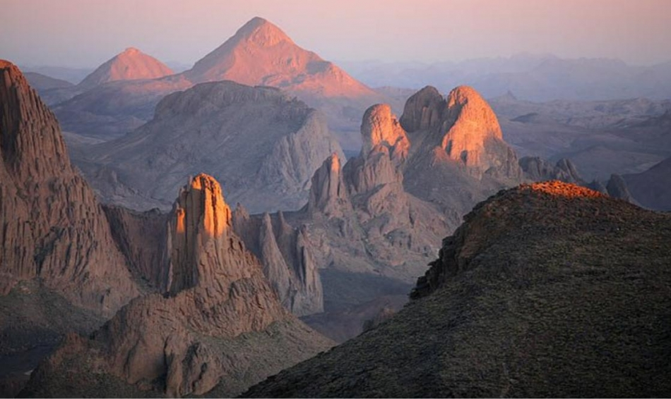 нагорье ахаггар в Африке фото