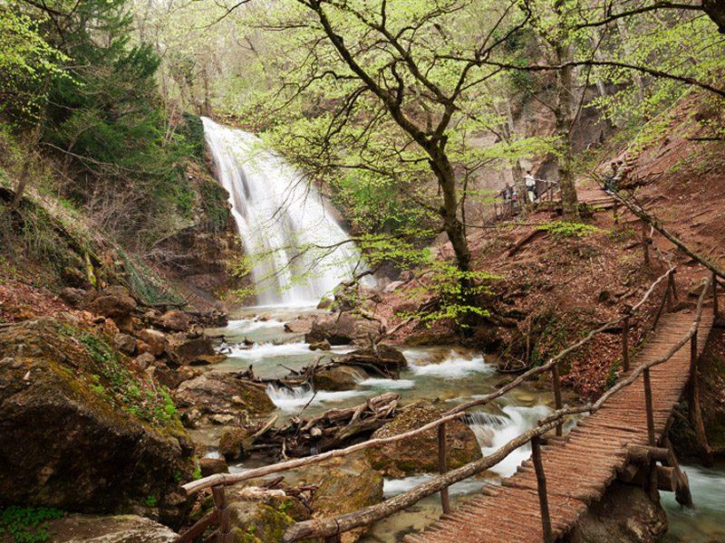 Водопад Джур-Джур фото
