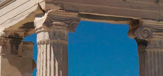 Эрехтейон в Афинах