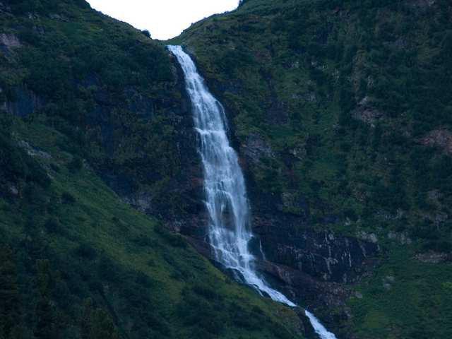 Кинзелюкский водопад на фото