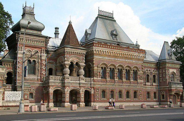 Старинные здания Москвы фото
