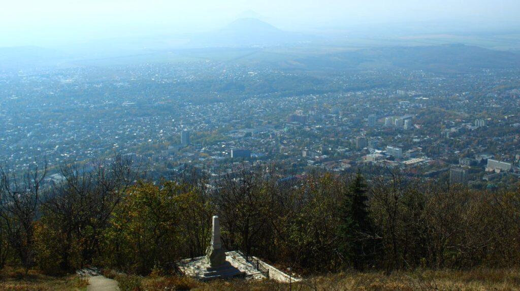 памятник Пастухову на горе Машук фото